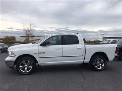 2018 Ram 1500 Crew Cab 4x4 Pickup #18067 - photo 5