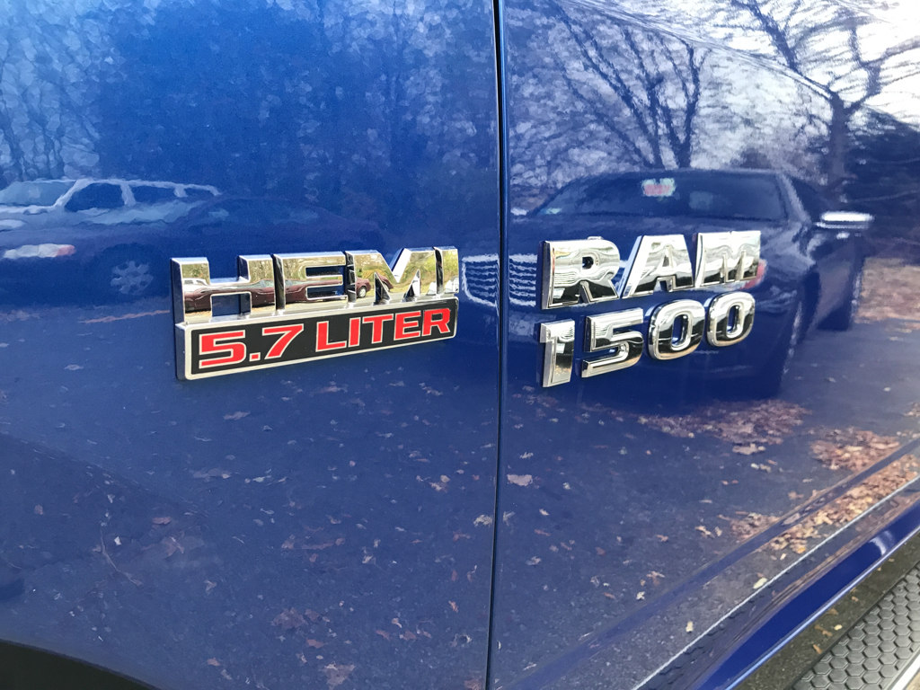 2018 Ram 1500 Crew Cab 4x4 Pickup #18088 - photo 7