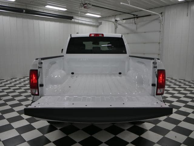 2018 Ram 1500 Quad Cab 4x4,  Pickup #8211670 - photo 11