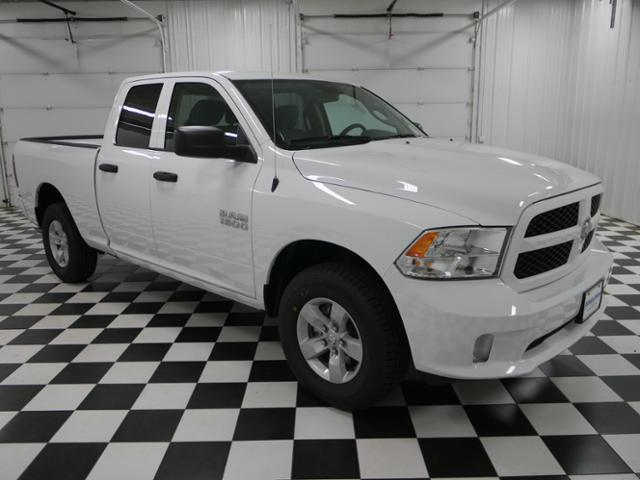 2018 Ram 1500 Quad Cab 4x4,  Pickup #8211670 - photo 4