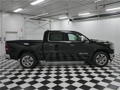 2019 Ram 1500 Crew Cab 4x4,  Pickup #9210320 - photo 4