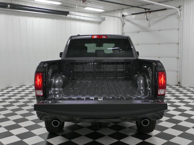 2019 Ram 1500 Quad Cab 4x4,  Pickup #9210380 - photo 11