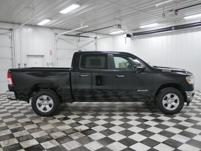 2019 Ram 1500 Crew Cab 4x4,  Pickup #9211620 - photo 4
