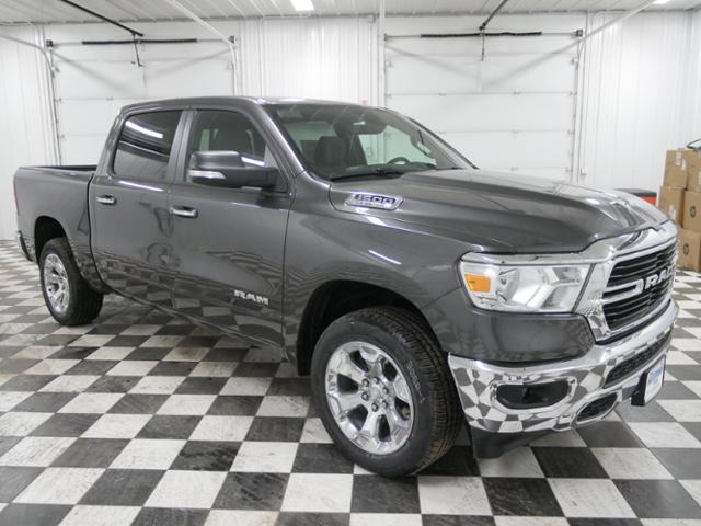 2019 Ram 1500 Crew Cab 4x4,  Pickup #9211810 - photo 5