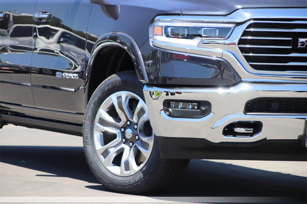 2019 Ram 1500 Crew Cab 4x4,  Pickup #00018321 - photo 3