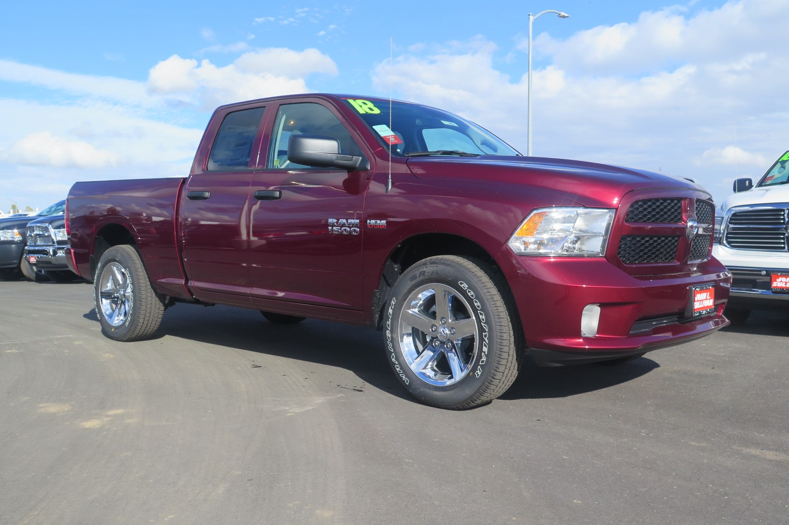 2018 Ram 1500 Crew Cab 4x4 Pickup #17367 - photo 1