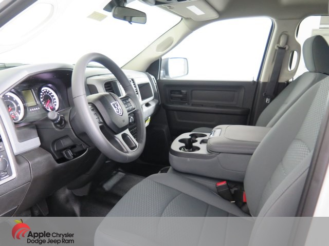 2019 Ram 1500 Crew Cab 4x4,  Pickup #D3073 - photo 14