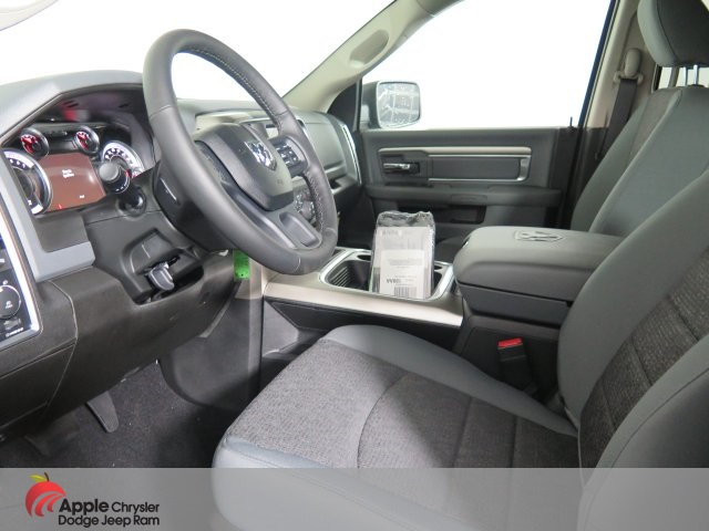 2019 Ram 1500 Crew Cab 4x4,  Pickup #D3234 - photo 13