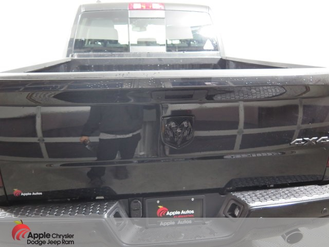 2019 Ram 1500 Crew Cab 4x4,  Pickup #D3234 - photo 5