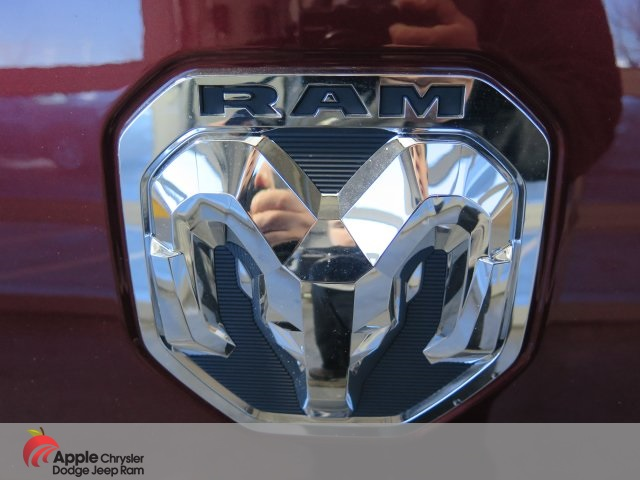 2019 Ram 1500 Crew Cab 4x4,  Pickup #D3556 - photo 9