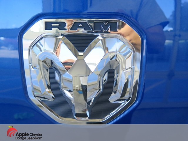 2019 Ram 1500 Crew Cab 4x4,  Pickup #D3856 - photo 9