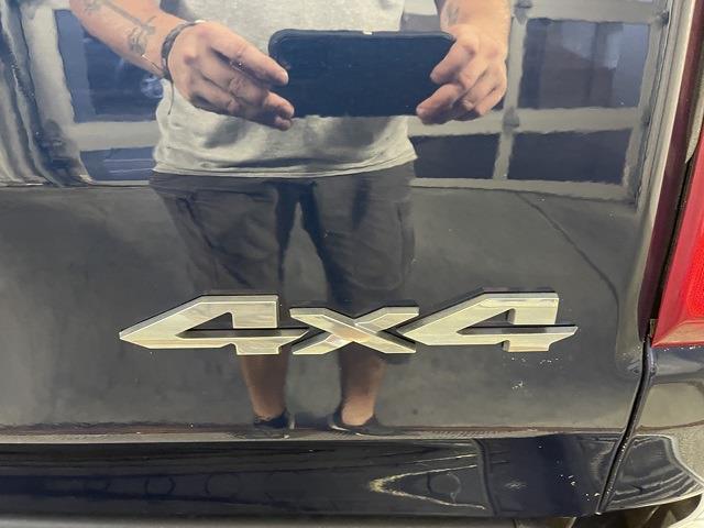 2019 Ram 1500 Crew Cab 4x4,  Pickup #D3858 - photo 9