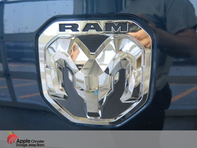 2019 Ram 1500 Crew Cab 4x4,  Pickup #D3861 - photo 9