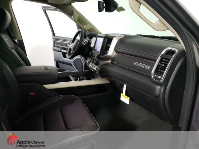 2020 Ram 1500 Crew Cab 4x4, Pickup #D4700 - photo 25