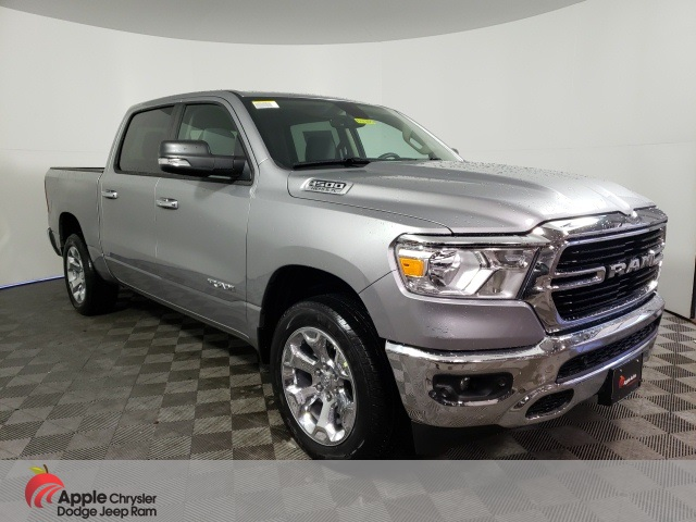 2020 Ram 1500 Crew Cab 4x4, Pickup #D4705 - photo 3