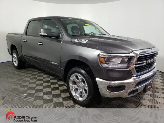 2020 Ram 1500 Crew Cab 4x4, Pickup #D4710 - photo 3