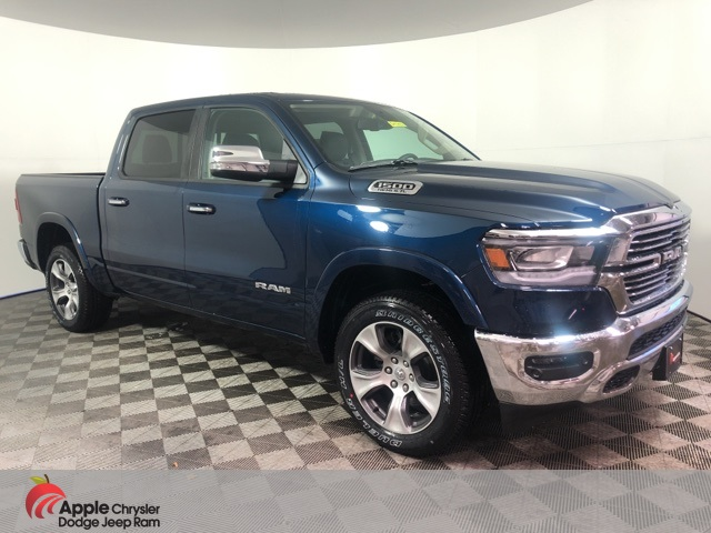 2020 Ram 1500 Crew Cab 4x4, Pickup #D4742 - photo 3