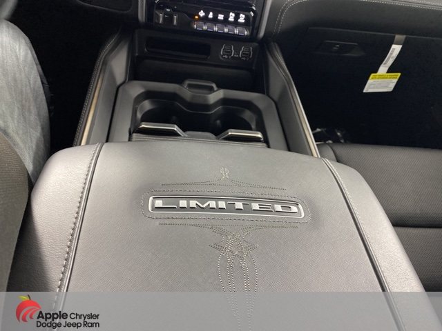 2020 Ram 1500 Crew Cab 4x4, Pickup #D5124 - photo 39