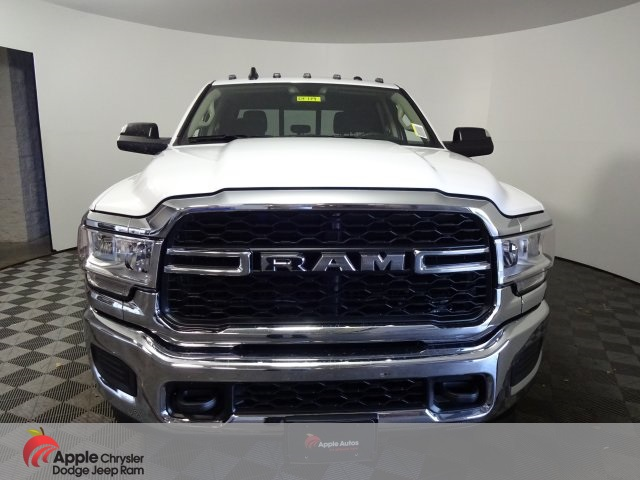 2019 Ram 3500 Crew Cab DRW 4x4, Pickup #DF119 - photo 4