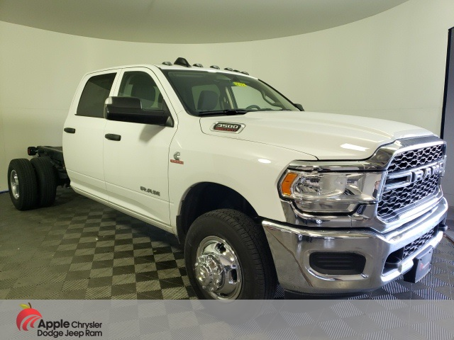 2019 Ram 3500 Crew Cab DRW 4x4,  Cab Chassis #DF128 - photo 1