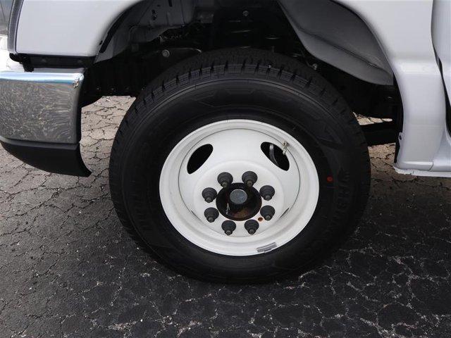 2019 E-350 4x2,  Rockport Cutaway Van #9E3F1974 - photo 6