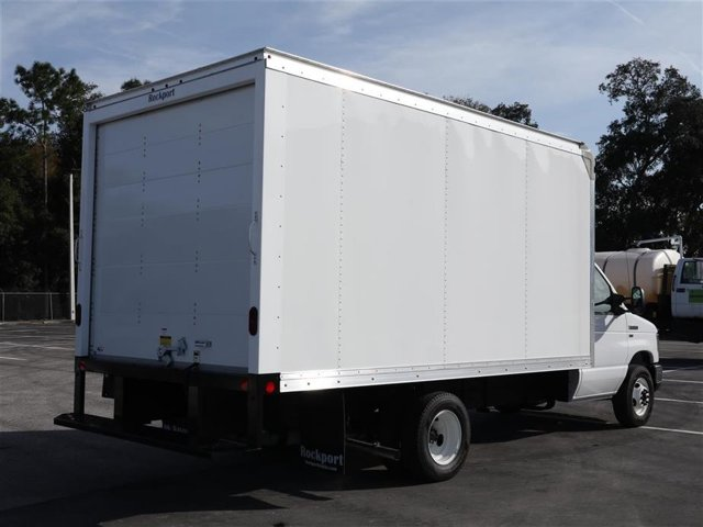 2019 E-350 4x2, Rockport Cutaway Van #9E3F5670 - photo 1