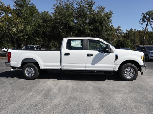 2019 F-250 Crew Cab 4x2,  Pickup #9W2A1231 - photo 4
