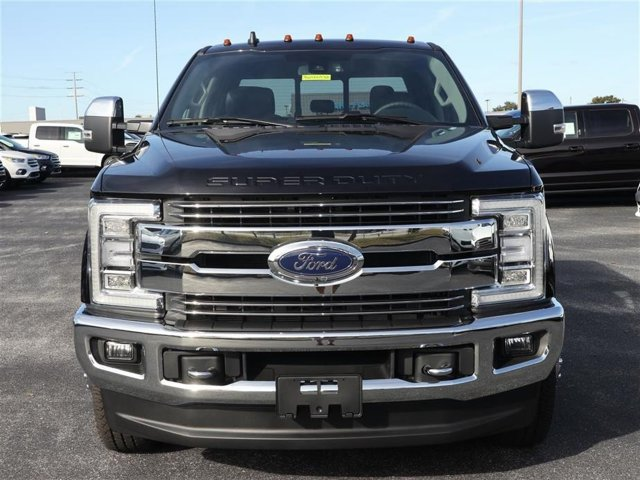 2019 F-350 Crew Cab DRW 4x4,  Pickup #9W3D0532 - photo 3