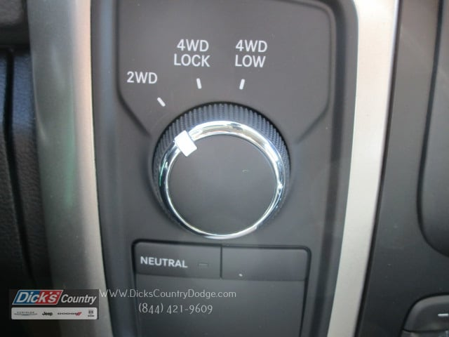 2017 Ram 3500 Crew Cab 4x4 Pickup #077194 - photo 23