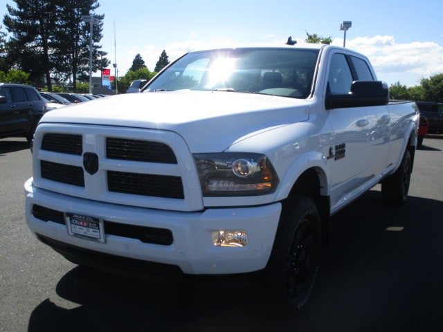 2017 Ram 2500 Crew Cab 4x4 Pickup #077284 - photo 4