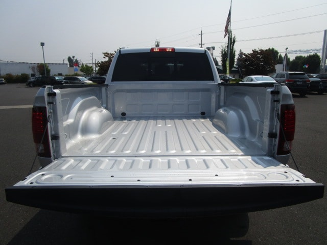 2017 Ram 3500 Mega Cab 4x4 Pickup #077477 - photo 7