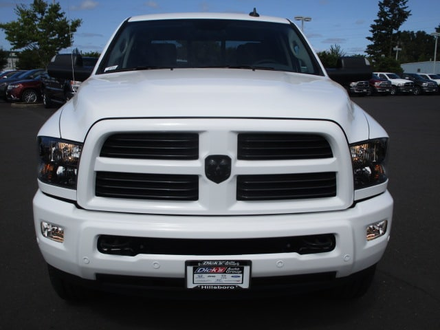 2017 Ram 3500 Crew Cab 4x4,  Pickup #077533 - photo 3