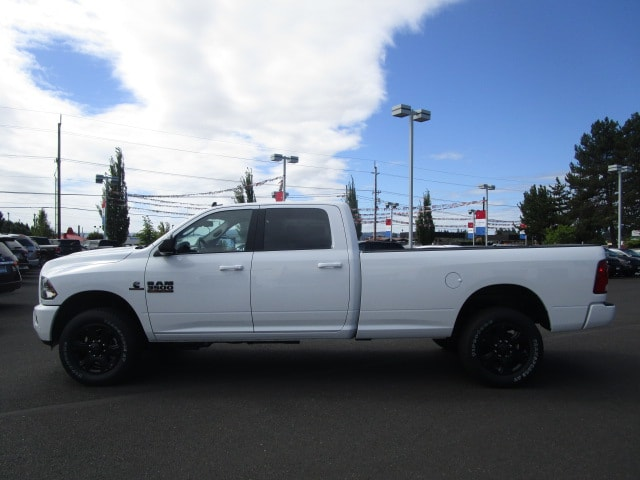2017 Ram 3500 Crew Cab 4x4,  Pickup #077533 - photo 5