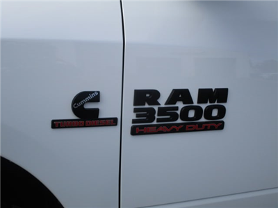 2017 Ram 3500 Crew Cab 4x4 Pickup #077533 - photo 10