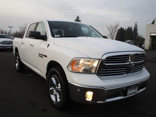 2017 Ram 1500 Crew Cab 4x4 Pickup #077677 - photo 8