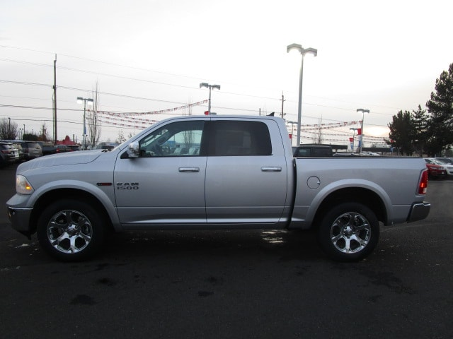 2017 Ram 1500 Crew Cab 4x4, Pickup #077679 - photo 10