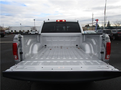 2017 Ram 1500 Crew Cab 4x4, Pickup #077685T - photo 7