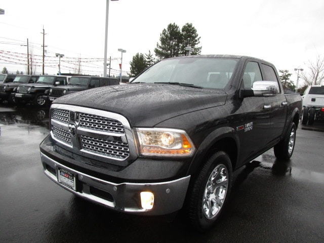 2017 Ram 1500 Crew Cab 4x4, Pickup #077715 - photo 12