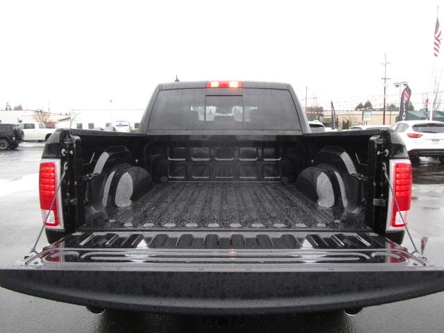 2017 Ram 1500 Crew Cab 4x4, Pickup #077715 - photo 14