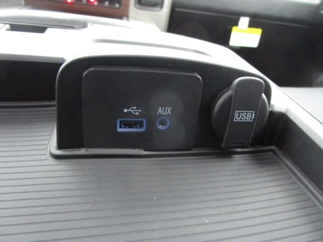 2017 Ram 1500 Crew Cab 4x4, Pickup #077715 - photo 35