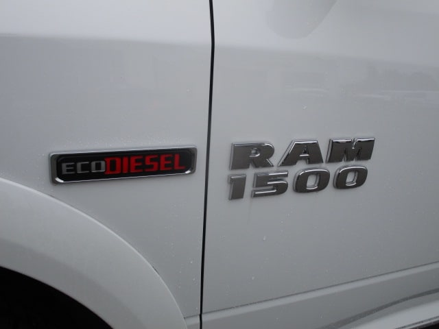 2017 Ram 1500 Crew Cab 4x4, Pickup #077730T - photo 16