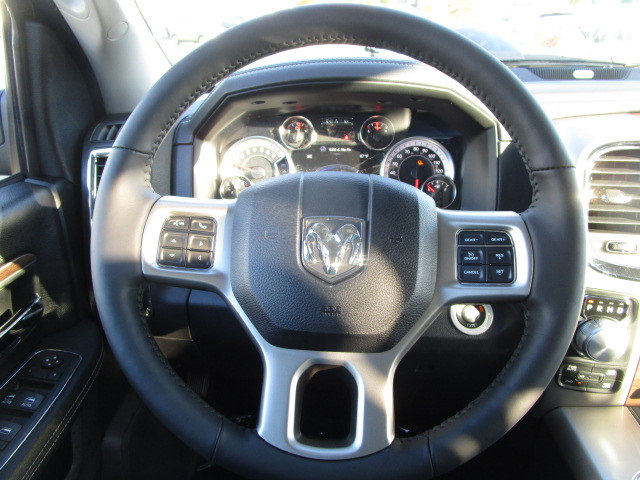 2018 Ram 1500 Crew Cab 4x4 Pickup #087022 - photo 22