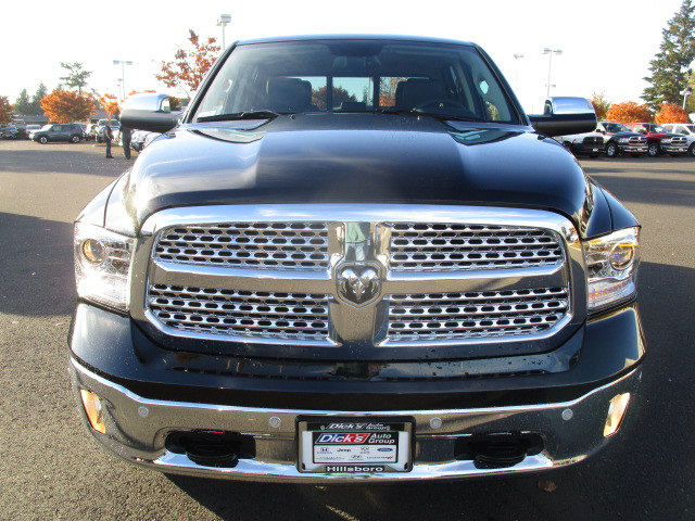 2018 Ram 1500 Crew Cab 4x4 Pickup #087022 - photo 3