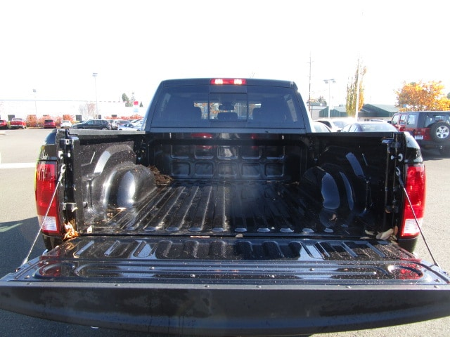 2018 Ram 1500 Crew Cab 4x4, Pickup #087029 - photo 7