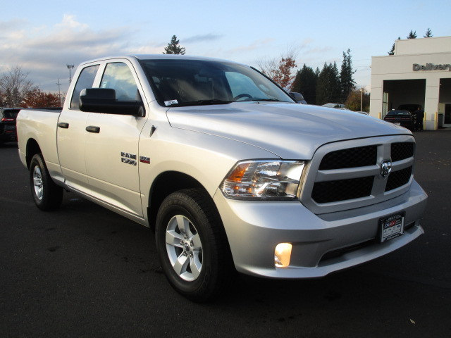 2018 Ram 1500 Quad Cab 4x4, Pickup #087041 - photo 3