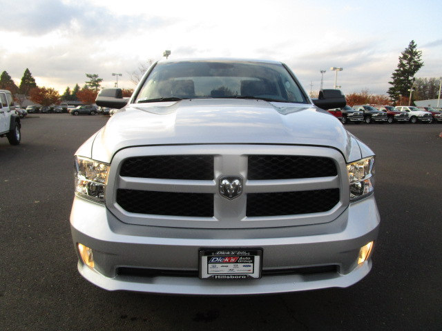 2018 Ram 1500 Quad Cab 4x4, Pickup #087041 - photo 4