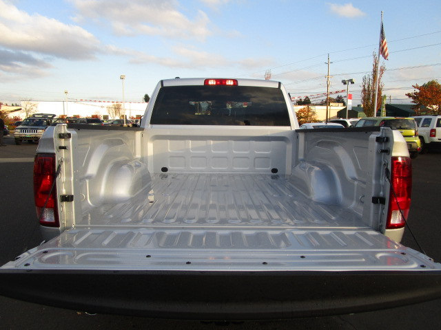 2018 Ram 1500 Quad Cab 4x4, Pickup #087041 - photo 7
