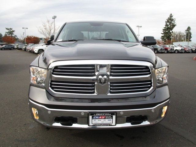 2018 Ram 1500 Crew Cab 4x4 Pickup #087045 - photo 4