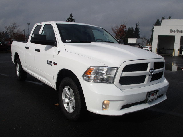 2018 Ram 1500 Quad Cab 4x4, Pickup #087049 - photo 3