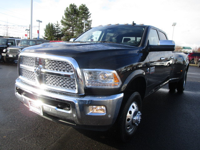 2018 Ram 3500 Crew Cab DRW 4x4 Pickup #087076 - photo 5